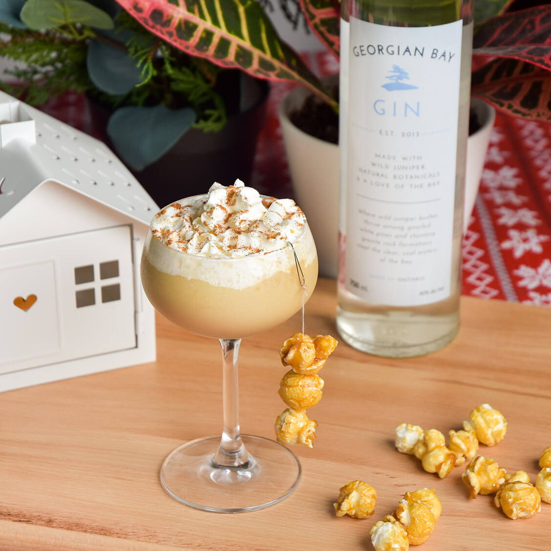 Georgian Bay Gin cocktail - Gingerbread Martini